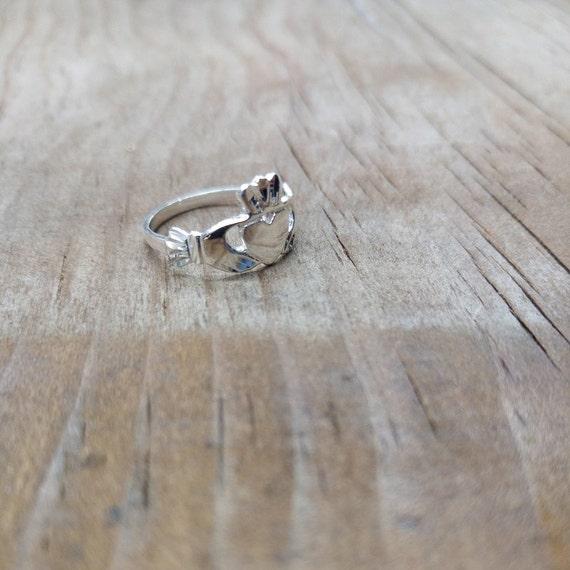 Claddagh Ring Beautiful Sterling Silver Claddagh Ring Irish