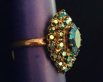 Vintage blue green teal iridescent aurora borealis rhinestone adjustable ring with gold tone band - antique jewelry, unique gift