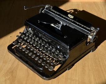 Rare Dutch Royal Portable O - 1930's Antique Black Typewriter - Working Perfectly
