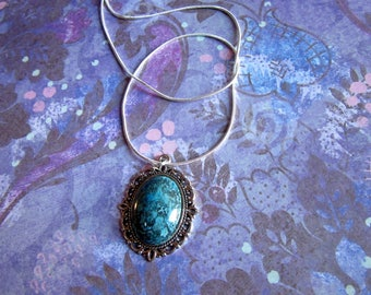 Silver Chrysocolla Necklace, Healing Crystal Necklace, Chrysocolla Jewelry, Chrysocolla Pendant, Tumbled Chrysocolla Stone Necklace
