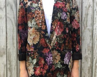 Vintage Floral Textured Blazer