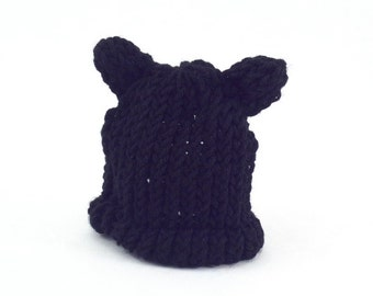 Knit black cat hat
