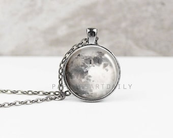 Full Moon Necklace - Moon Necklace - Moon Pendant - Moon Jewelry - Moon Phase Necklace - Watercolor Moon -  (B5564)