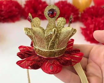 Baby crown for photo shoot