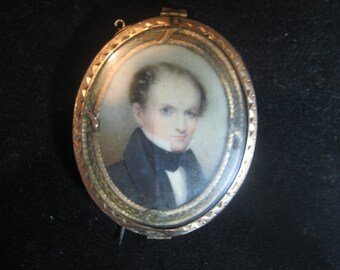 Beautiful Antique Reversible Enamel Mourning HAIR Brooch Looks like work of art.