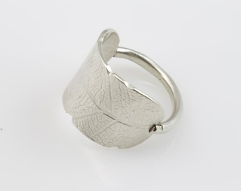 Bodhi Leaf Ring, leaf ring, silver ring, silver, leaf, everyday ring, women's ring, eco friendly, recycled silver, recycled metal