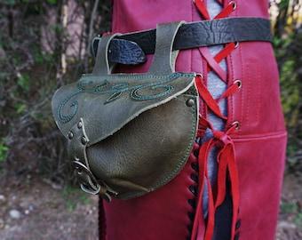 escarcelle cuir; aumonière ; sacoche de ceinture médiévale ; escarcelle cuir ; aumonière médiévale