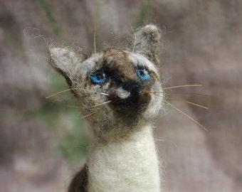 Custom Cat Miniature. Wool animal .Needle Felted Cat.
