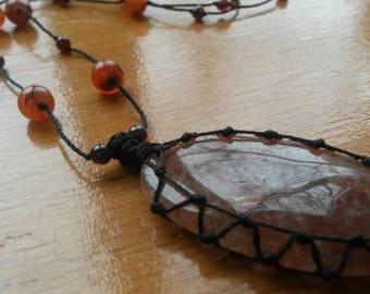 36x20mm Strawberry Quartz Necklace, Macrame Pendant, Metal free jewelry, Her gift, Birthday present, Textile jewelry, Healing crystal.
