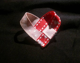 Cute heart shaped bow with small alligator clip