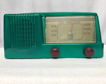 General Electric C-403 vintage tube radio with Bluetooth input.