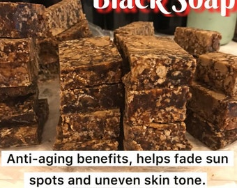 African Black Soap helps lighten uneven skin tone, oily acne prone skin and can be used as a Shampoo Bar to help dandruff!