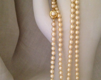 Crown Trifari Faux Pearl Neckace | Classic Design |