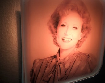 Rose Nylund Golden Girls Night Light Gift For Her Mothers Day Bridesmaid Bachelorette Party Retro 80s Plug In Nightlight St Olaf Betty White