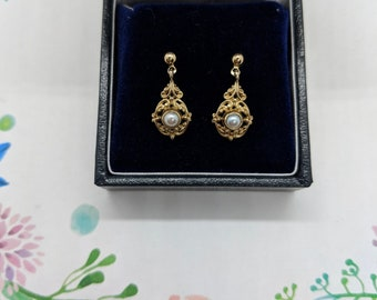 Beautiful 9ct Gold Ornate Dainty Drops with Pearl Centers