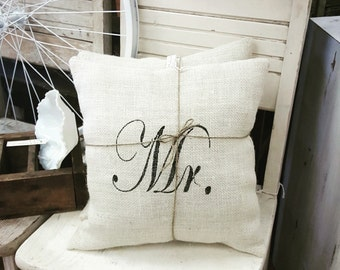 Mr& Mrs pillow set