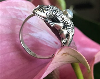 Sterling Silver Moonstone Lizard Ring - Size 8.5