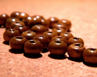 100 wooden beads painted natural wood - coffee - 6 mm - B61