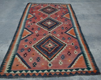 Reduced Price / Vintage Persian Shiraz Medallion Kilim rug