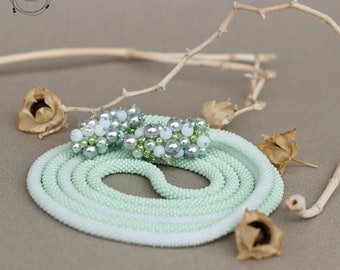 Crocheted bead necklace - Lariat XI.