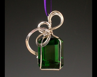 Green Quartz Silver Wire Sculpted Pendant