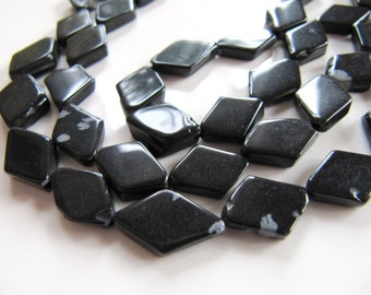 Snowflake OBSIDIAN Beads in Black and Gray, 11mm to 17mm Diamond Shape. 1 Strand, Approx 26 Pieces, Volcanic Lava Beads