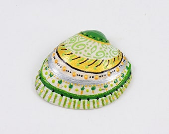 Painted seashell - Beach art - Coastal home decor - Nautical decor