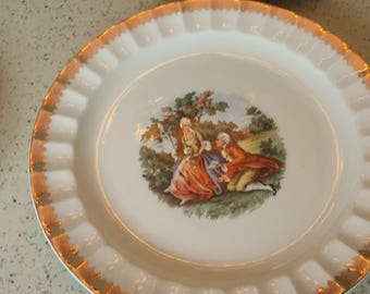 Colonial Gold Trimmed Dessert Plates - Set of 5