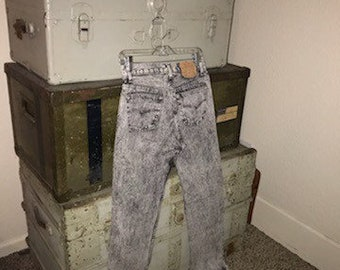 Retro 80s Acid Wash 501 Levis Jeans. Size 30.