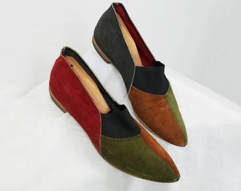 1960s Shoes / 60s Shoes  / Suede Color Block / 1950s 50s Shoes / Flats / Slip Ons / Pointy Pointed Toes / Casual Loafers /Size 6 - 6.5 - 7