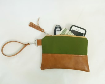 Olive Green Tan Brown Faux Leather, Wristlet Wallet, Personalized Wristlet Wallet, Wristlet Clutch, Gifts for Mom Sister, Birthday Gift