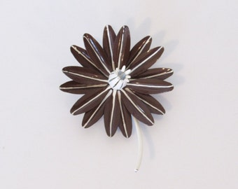 1960s Mod Enamel Flower Pin / Brown & White Layered Petals / Vintage 60s Floral Brooch