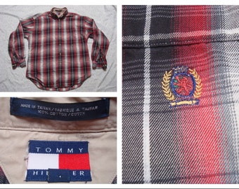 Vintage Retro Men's 90's Tommy Hilfiger Black White Red Plaid Flannel Buttonup Long Sleeve Shirt Medium