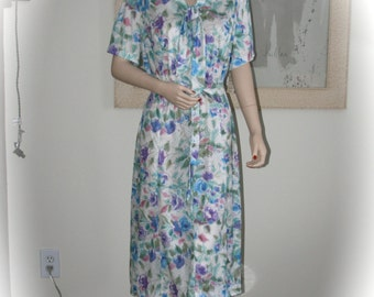 Very Nice House Dress from the Late 1960's to Early 1970's, Front Zipper, Tie Belt, Silky Soft Polyester NOS, Original Tags