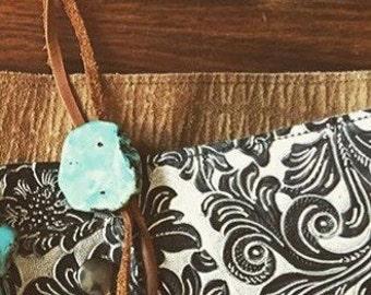 Turquoise howlite bolo