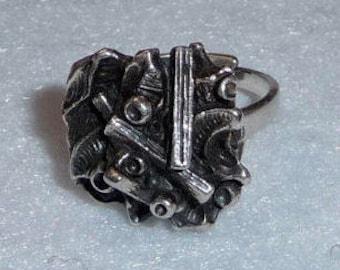 Tapani Vanhatalo (Finland). Pewter Ring. Vintage.