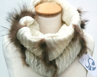 Neck warmer (scarf) recycled fur