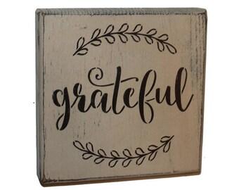 Grateful Ivy Wood Shelf Sitter Sign Block