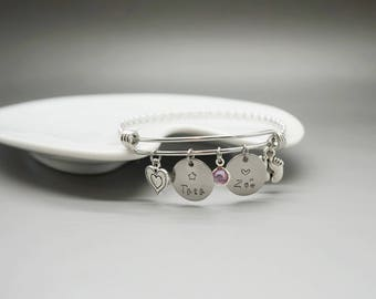 Bangle is engraved Auntie child birth - personalized mom name bangle birthstone swarovski aunt auntie, tia kid