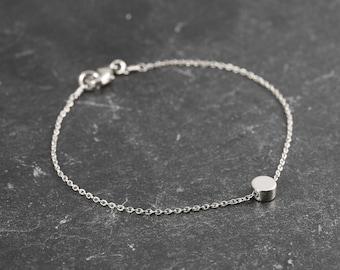Dainty Bracelet, Tiny Silver Dot, Delicate Fine Chain, Simple Minimalist Bracelet, Single Silver Circle Bead