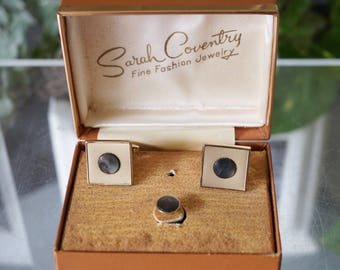 Free Shipping! Vtg. SARAH COVENTRY Cufflink and Tie Tack Set in Silver and Abalone