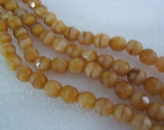 25 - Yummy Butterscotch Faceted Rounds 6mm Czech Glass Beads