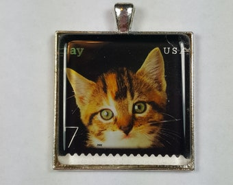 Brown Classic Tabby Cat Kitten Green Eyes Genuine Postage Stamp Pendant Key Ring