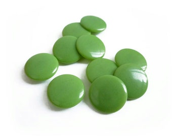 6 Apple Green Vintage Buttons, 14mm