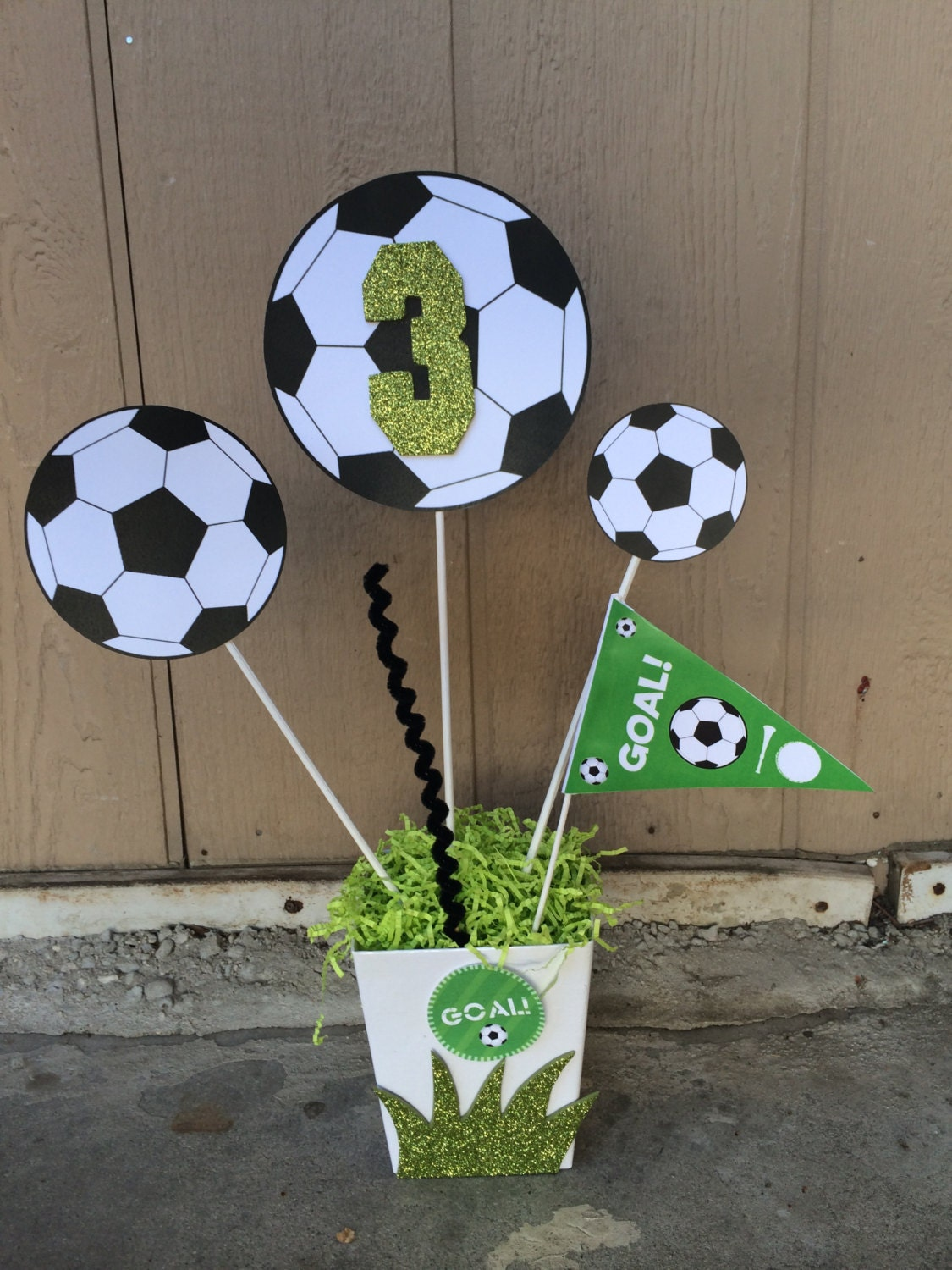 Soccer birthday party theme centerpiece - Real madrid decorations ...