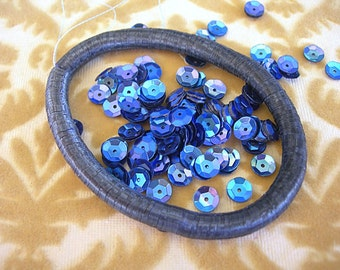Vintage Sequins Dark SAPPHIRE BLUE AB Cupped 6mm Indigo couture lot full strand rainbow
