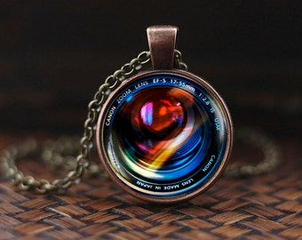 Camera Lenses Pendant, Photography Jewelry, Gift For Photographer, Camera Pendant, Camera Lens Necklace, mens necklace, NOT REAL camer, m159