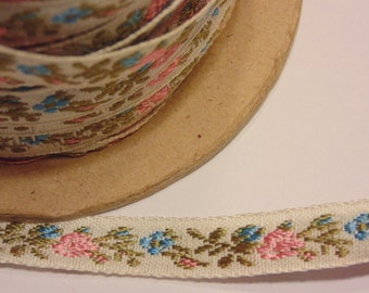 1 yard of vintage  trim, 10 mm wide (BR16)