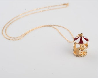 Necklace Carousel Carousel Cute Carousel Merry-go-round Gold Tone Necklace Red