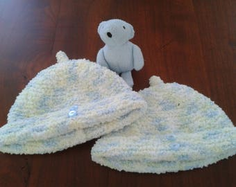 Beanie / knit handmade / blue/yellow/white/birthstone